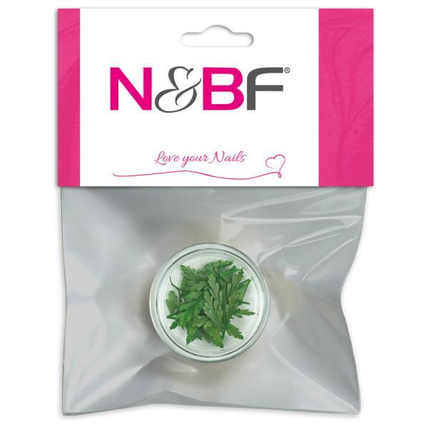 Nails-and-Beauty-Factory-Nailart-Trockenblume-Flower-Mint